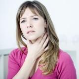 Tos y dolor de garganta